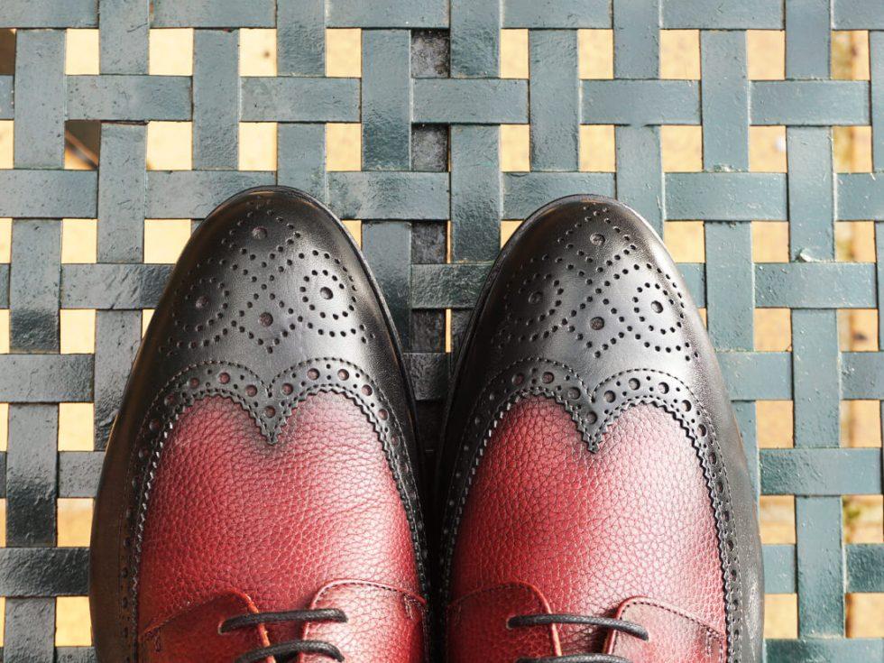 Zapatos MrGowell negros y rojos